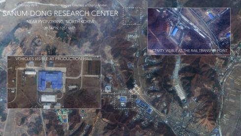 Северная Корея везет ракету на полигон.