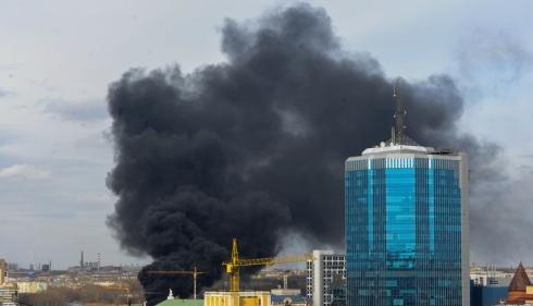 В Челябинске горит строящийся Конгресс-холл - плохой знак и для БРИКС, и для ШОС.