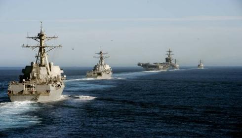 Пентагон отправляет к Ирану еще три десантных корабля.