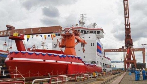 Китай продолжает строить новые ледоколы.