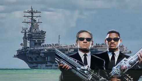 После встречи с НЛО «люди в черном» посетили авианосец USS Nimitz.